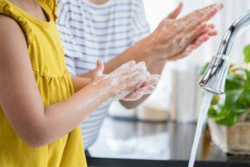 ¿Por qué razón debes lavarte las manos por lo menos veinte segundos?