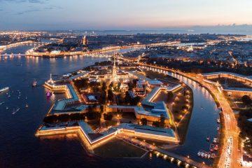 ¿Cuál es la urbe con mayor polución luminosa?
